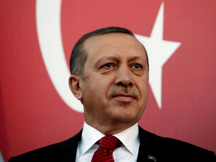 Thousands say 'that's enough' to Turkey's Erdogan on Twitter