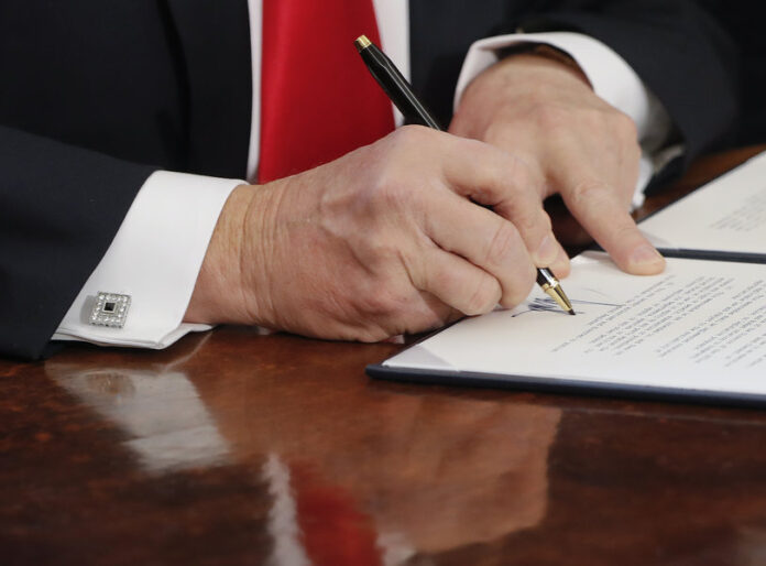 Pablo Martinez Monsivias-AP- Trump