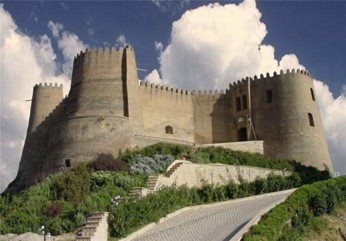 قلعة فلك الأفلاك