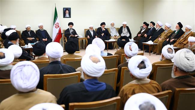 Leader meeting with Assembly of Experts