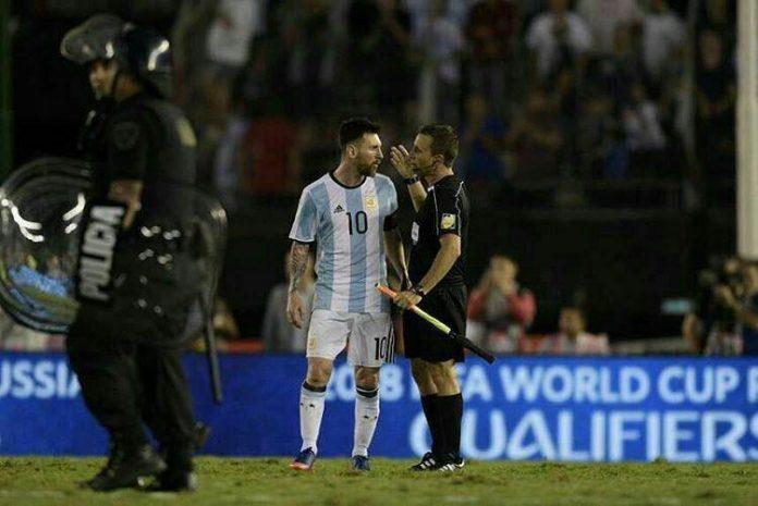 الفيفا.. ميسي محروم من اللعب 4 مباريات رسمية لبلاده