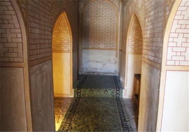 11 - الاثارالتاريخية في كرمان الايرانية