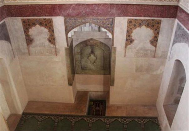12 - الاثارالتاريخية في كرمان الايرانية