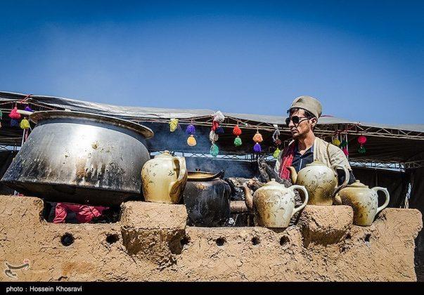 شيراز .. سياح النوروز في باسارغاد-11