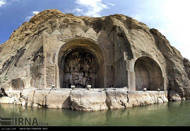 """سياح عيد النوروز في """"طاق بستان"""" الاثري بكرمانشاه الايرانية-11"""