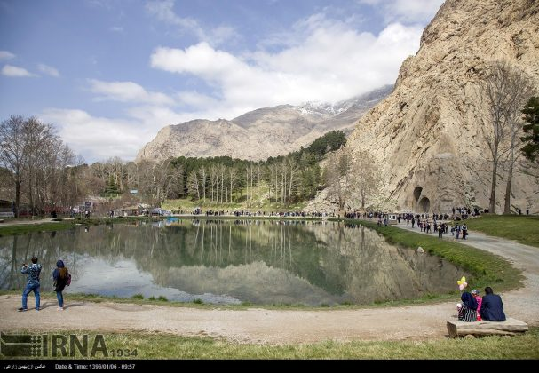 """سياح عيد النوروز في """"طاق بستان"""" الاثري بكرمانشاه الايرانية-33"""