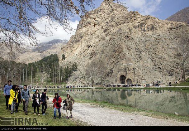 """سياح عيد النوروز في """"طاق بستان"""" الاثري بكرمانشاه الايرانية-55"""