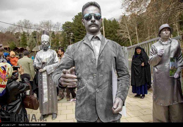 """سياح عيد النوروز في """"طاق بستان"""" الاثري بكرمانشاه الايرانية-1"""