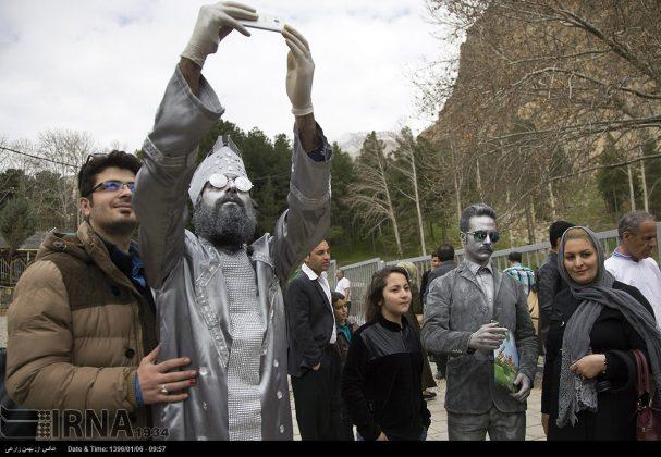 """سياح عيد النوروز في """"طاق بستان"""" الاثري بكرمانشاه الايرانية-5"""