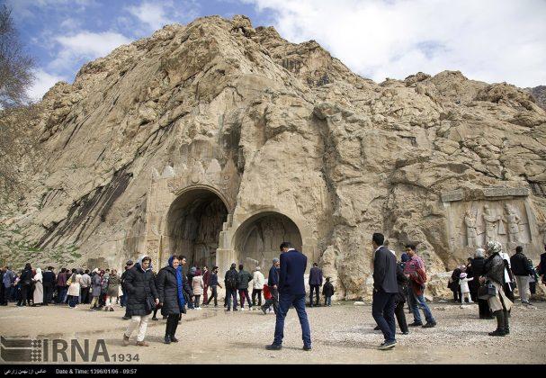 """سياح عيد النوروز في """"طاق بستان"""" الاثري بكرمانشاه الايرانية-10"""