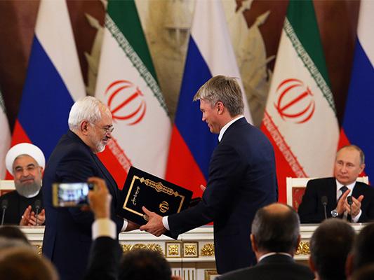 موسکو وطهران توقعان 16 اتفاقية لتعزيز التعاون الثنائي