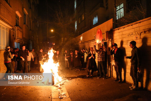 Iranian People Celebrate Persian Fire Festival (1)