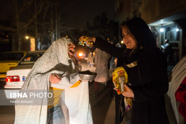 Iranian People Celebrate Persian Fire Festival (5)