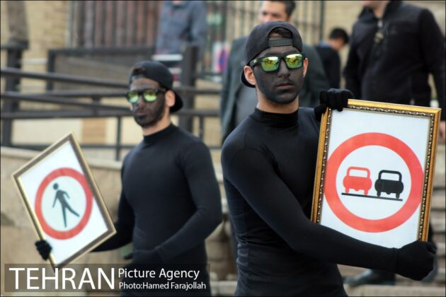Iranians Running 'No to Road Accidents' Campaign 12