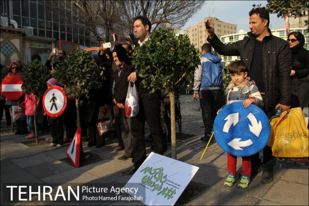 Iranians Running 'No to Road Accidents' Campaign 7