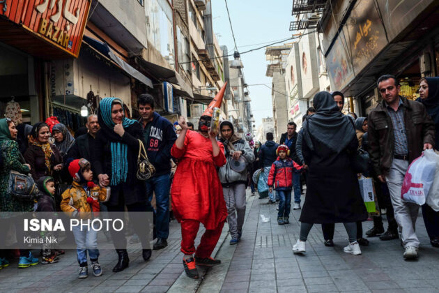 Iranian People Preparing for Nowruz(16)