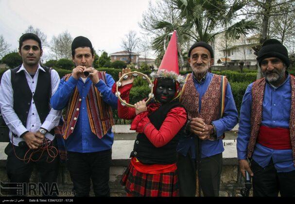 'Nowruz Khani', Tradition to Show Gratitude towards Spring's Arrival (10)