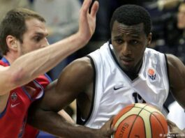 Mahram Tehran's Former American Basketball Player Dies