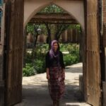 en-woman-tourism-iran