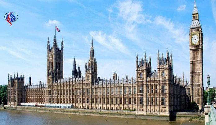 مقتل إصابة عدد من الاشخاص في حادثة قرب البرلمان البريطاني