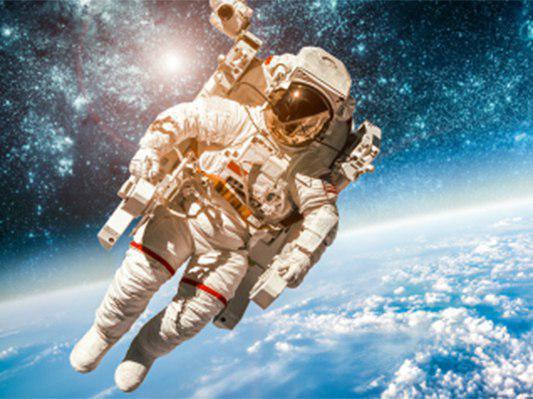 كم تتوقع ثمن تذكرة رحلة إلى الفضاء؟