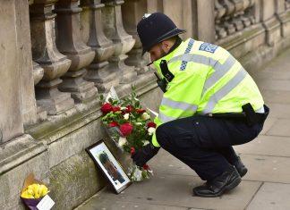 کمک 3000 پوندی مسلمانان به قربانیان حمله لندن