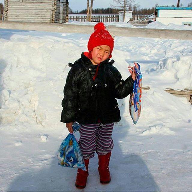 دختر بچه برای نجات مادر بزرگ به سرمای سیبری رفت