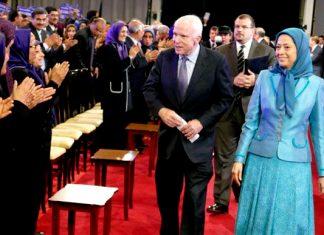 طهران تعترض على زيارة السناتورماكين لمقر منظمة خلق في تيرانا