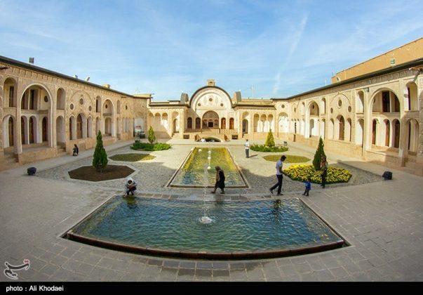 كاشان .. دار الطباطبائيين تحفة معمارية من العهد القاجاري (1)