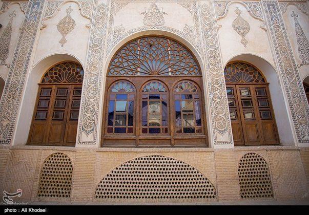 كاشان .. دار الطباطبائيين تحفة معمارية من العهد القاجاري (13)