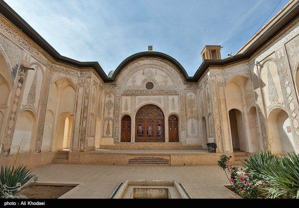 كاشان .. دار الطباطبائيين تحفة معمارية من العهد القاجاري (15)