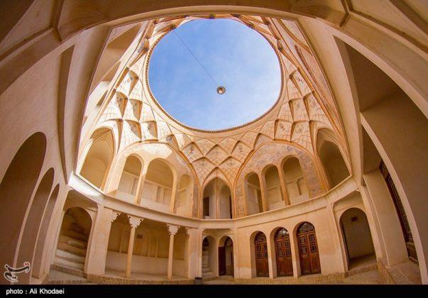 كاشان .. دار الطباطبائيين تحفة معمارية من العهد القاجاري (2)