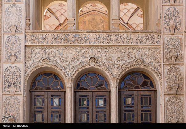 كاشان .. دار الطباطبائيين تحفة معمارية من العهد القاجاري (24)