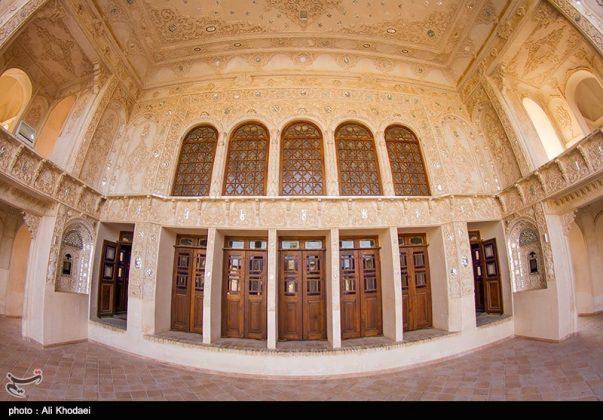 كاشان .. دار الطباطبائيين تحفة معمارية من العهد القاجاري (34)