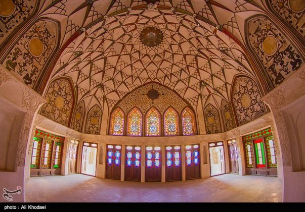 كاشان .. دار الطباطبائيين تحفة معمارية من العهد القاجاري (4)