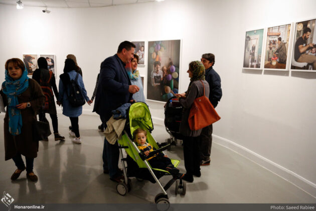 'Swedish Dads' Put on Display in Iranian Artists Forum (2)