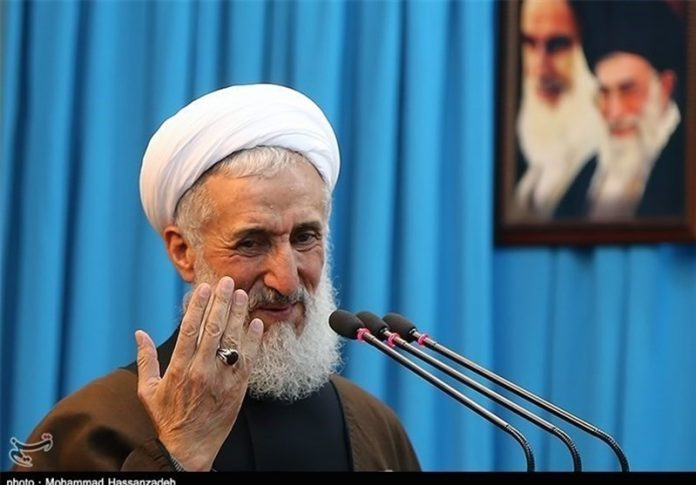 امام جمعة طهران .. محور المقاومة لن يتراجع أمام التهديدات الامريكية