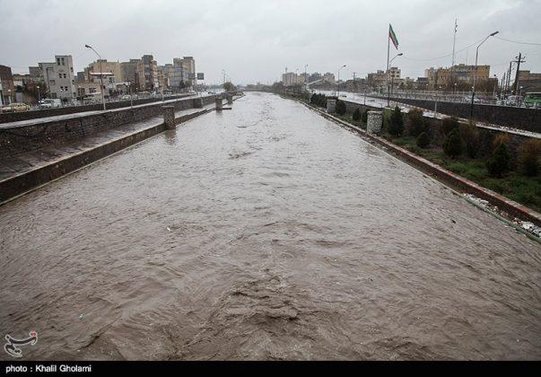 السيول تضرب اربع محافظات شمال غرب ايران9210527964