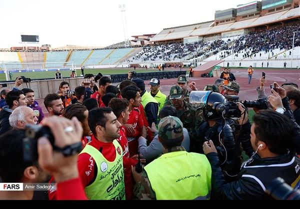 برسبوليس .. بطل الدوري الايراني الممتاز 30