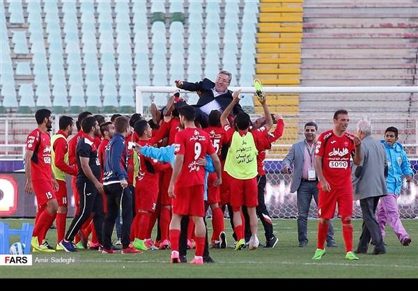 برسبوليس .. بطل الدوري الايراني الممتاز 32