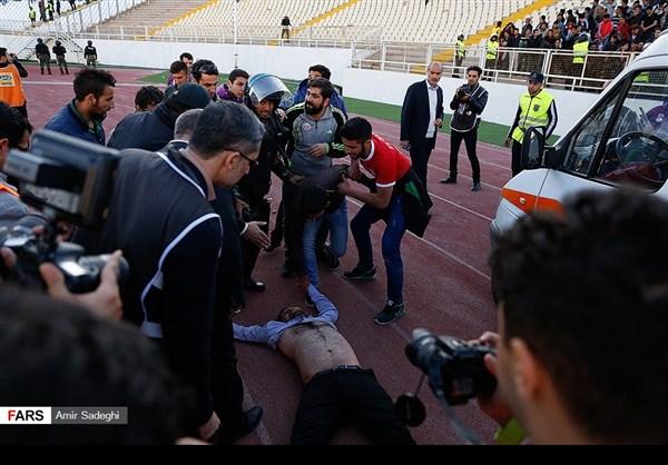 35برسبوليس .. بطل الدوري الايراني الممتاز