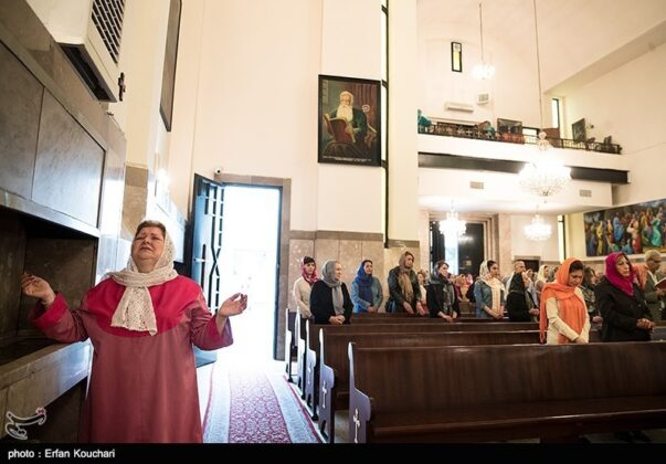 Christians in Tehran Celebrate Easter (11)