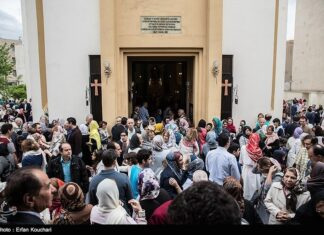 Christians in Tehran Celebrate Easter (24)