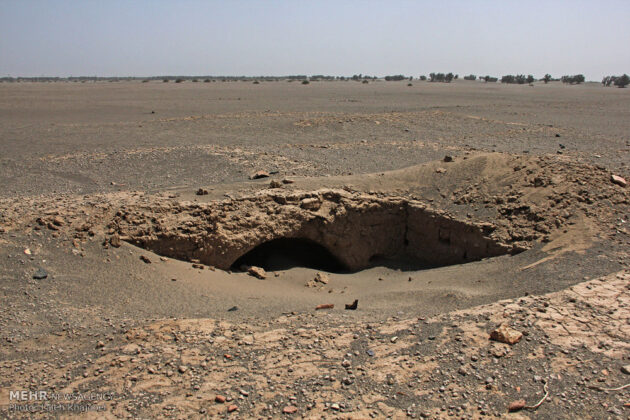 Sand Storm in Southern Iran Unearths Ancient City (5)