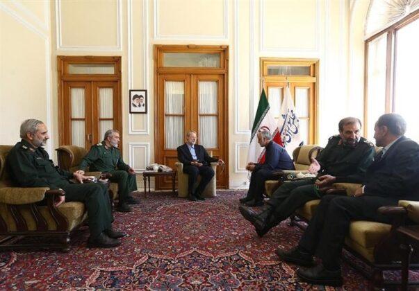 Top IRGC Commanders Meet Iran's Parliament Speaker (4)