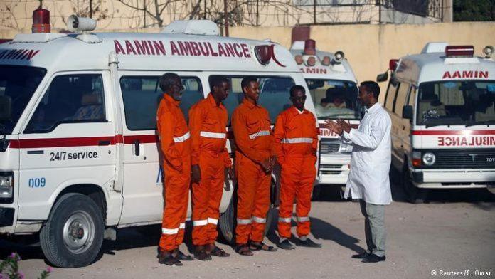 آمبولانسهای قراضه، ابزار دندانپزشک سومالیایی برای نجات جان هموطنانش!