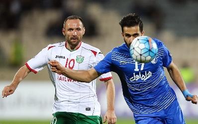 استقلال ايران يتمسك بالصدارة بعد تعادله مع لوكوموتيف الاوزبكستاني