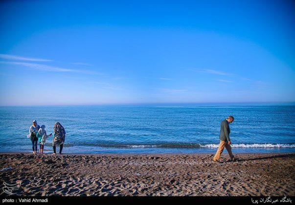 سياح النوروز على ضفاف بحر قزوين1