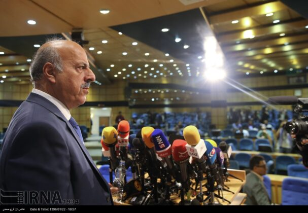Over 100 Register for Iran's Presidency on First Registration Day24
