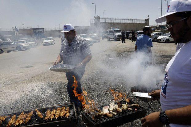 کباب پختن اسرائیل